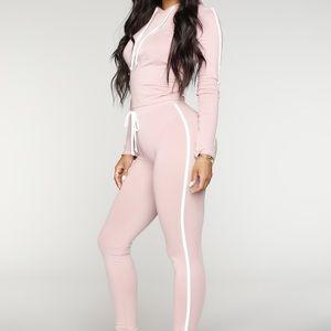 Fashion Nova - long sleeve/pant Set